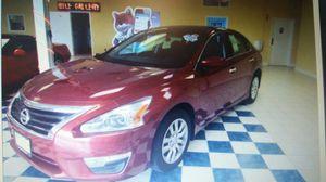 2014 nissan altima 2.5 S 4dr sedan for Sale in Manassas, VA