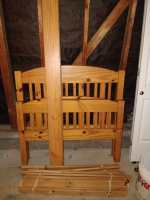 Twin wooden bed frame for Sale in Pleasant Hill, CA