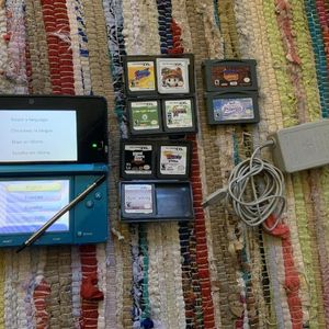 Nintendo 3DS (Aqua Blue) Portable Handheld Game Console for Sale in Phoenix, AZ