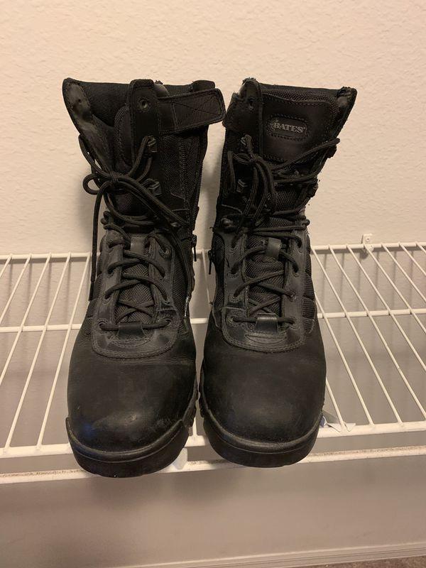 Men's size 11 boots Bates