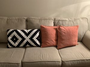 Decorative Pillows for Sale in Nashville, TN