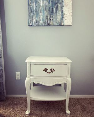 Antique Nightstand for Sale in Las Vegas, NV