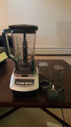 Ninja Blender like brand new for Sale in Boston, MA