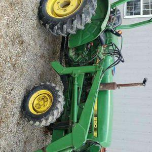 John Deere 850 Tractor for Sale in Saltsburg, PA