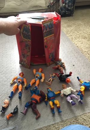 Heman Case and figures for Sale in Simi Valley, CA