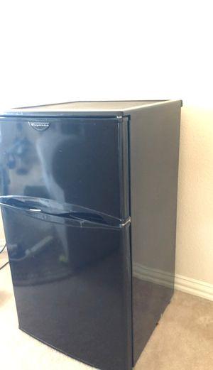 Amazing Mini-fridge!! Make Offers!!! for Sale in Plano, TX
