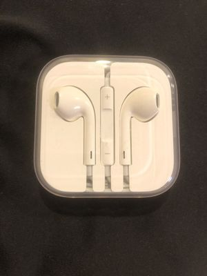 Brand new headphones for Sale in Hanover, MD