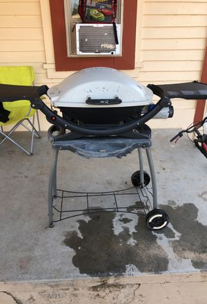 Weber outside Grill. In good condition. 75$ for Sale in Sanger, CA