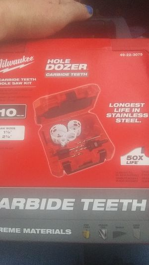 Milwaukee hole Dozed Carbon teeth saw kit for Sale in Portland, OR