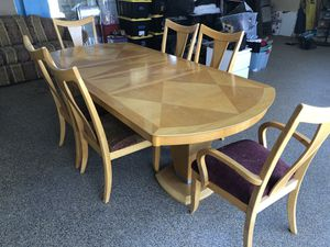 Dining Table and 6 Chairs. Good condition. for Sale in Norco, CA