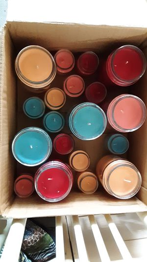 SCENTED CANDLES for Sale in Bellefontaine, OH