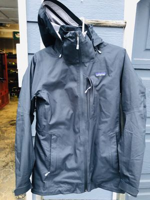 Patagonia Snowbelle 3 in 1 Women's jacket for Sale in Puyallup, WA