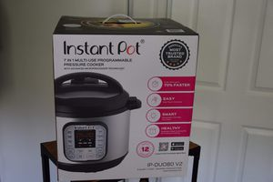 Instant pot programmable pressure cooker for Sale in Beverly Hills, CA