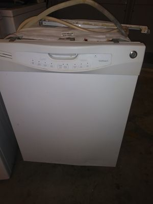 Ge dishwasher works good for Sale in San Antonio, TX