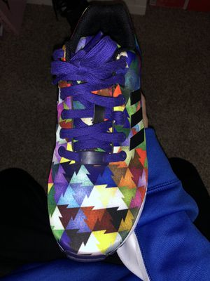 Womens Adidas ZX Flux, size 7. for Sale in Bunnlevel, NC