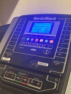 NordicTrack T6.5S Treadmill for Sale in The Bronx, NY