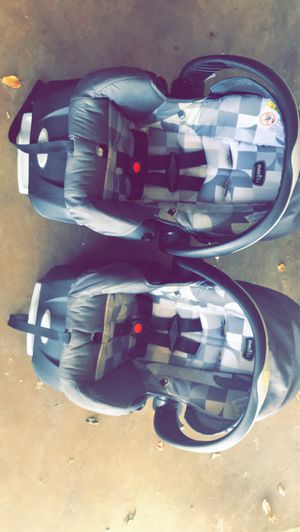 Graco infant car seat with base for Sale in Farmers Branch, TX