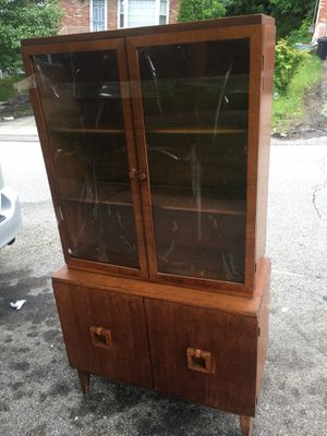 Cabinet with three shelves. for Sale in Pittsburgh, PA