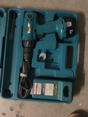 Makita cordless drill for Sale in Elk Grove, CA