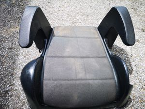 Free booster seat - EXPIRED for Sale in Nashville, TN