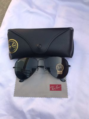 Ray ban aviators 3025 sunglasses for Sale in New York, NY