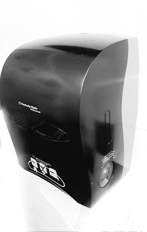 Towel Dispensor (commercial) for Sale in San Francisco, CA