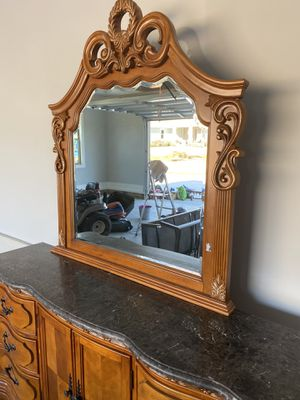 Large drawer with mirror for Sale in Boiling Springs, SC