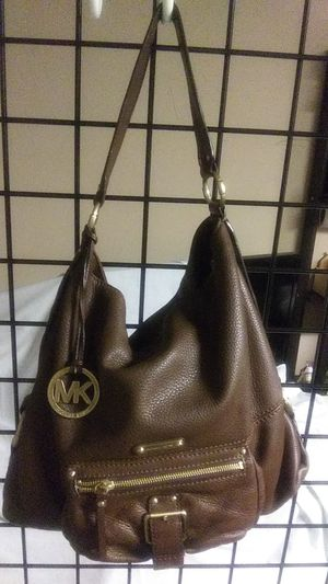 Micheal kors authentic for Sale in Columbia, VA