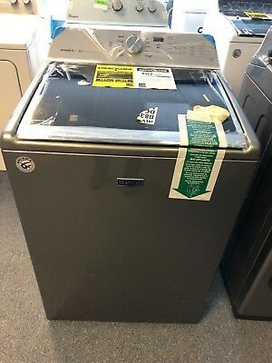 BRAND NEW MAYTAG WASHER AND DRYER for Sale in Clarksville, TN