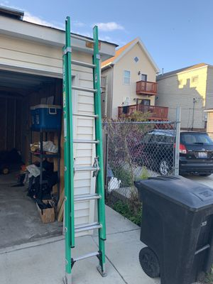 Keller Fiberglass Extension Ladder for Sale in Chicago, IL