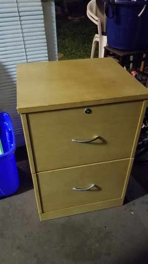 Small filing cabinet. No key for Sale in Boca Raton, FL