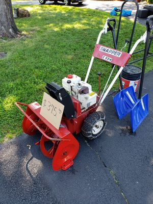 SNAPPER I524 Snow Thrower for Sale in Alexandria, VA