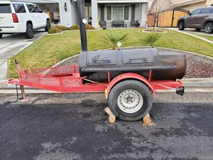 Trailer smoker for Sale in Victorville, CA