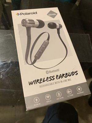 Polaroid wireless earbuds for Sale in Boca Raton, FL