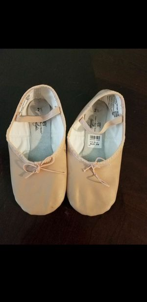 Ballet shoes, pink girls size 2.5 great condition for Sale in Whittier, CA