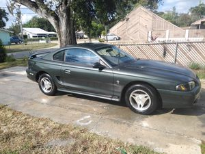 Ford mustang for Sale in Winter Haven, FL