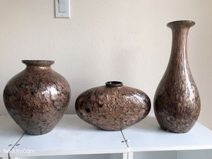 A set 3 vases total $45, size on picture. can be sold separated $15 each.hacienda heights or Rowland heights pick up for Sale in Hacienda Heights, CA