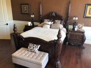 5-Piece Queen Bedroom Set for Sale in Kirkland, WA