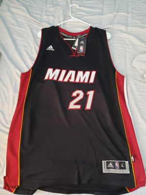 Hassan Whiteside Miami HEAT Black Autographed Jeresey for Sale in Davie, FL