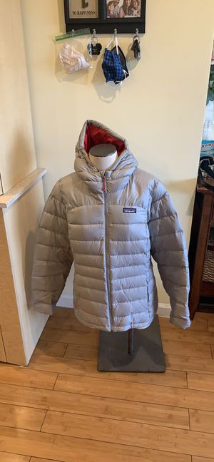 New Patagonia women jacket for Sale in San Francisco, CA