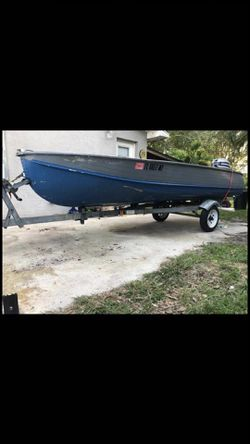 14ft boat ,35 hp motor and trailer for Sale in St. Cloud,  FL