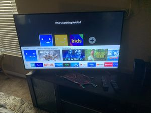"""Smart Tv Samsung 55"""" class / series crystal Ultra HD 4K ( one month used ) for Sale in Fullerton, CA"""