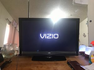 """Visio flat screen tv 32"""" for Sale in Upland, CA"""