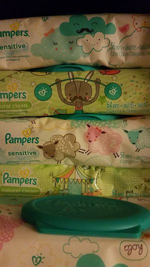 Pampers wipes for Sale in Waterbury, CT