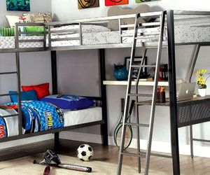 Triple Bunk Bed w/ Desk for Sale in Columbine Valley,  CO