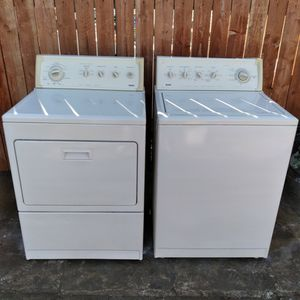 Kenmore Elite Washer And Gas Dryer King Size Matching Set for Sale in Loma Linda, CA