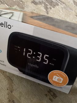 Capello Easy Sleep Alarm Clock / Radio for Sale in Huntington Beach,  CA