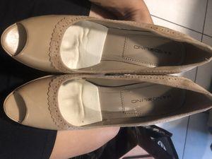 Bandolino tan heels (8.5) for Sale in Orlando, FL
