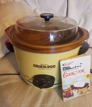 Vintage Crock pot for Sale in Austin, TX