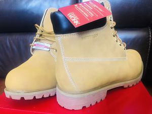 Boots the work size 13w new para hombres for Sale in Miami, FL